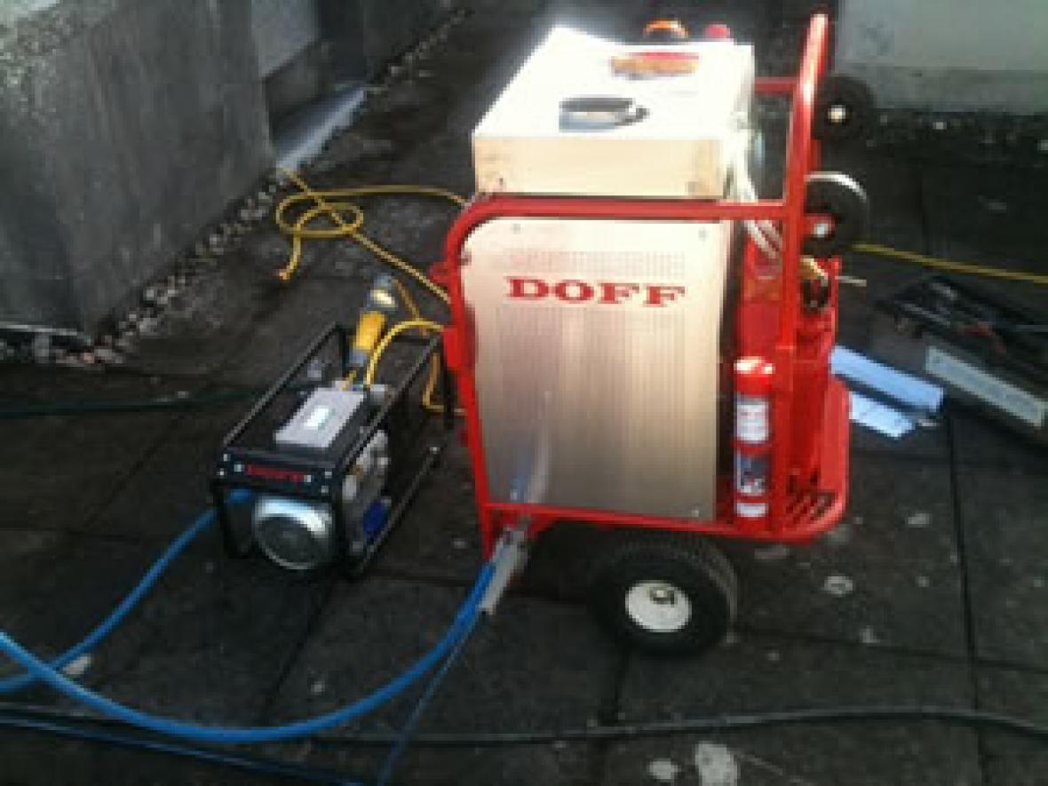 Doff Cleaning System