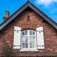 Owning a Listed Building: What You Need to Know